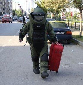 Tramvay istasyonunda bomba paniği,Samsun'da tramvay istasyonunda bulunan şüpheli valiz bomba paniği yarattı