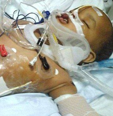 11'inci kattan düşen bebek ölmedi