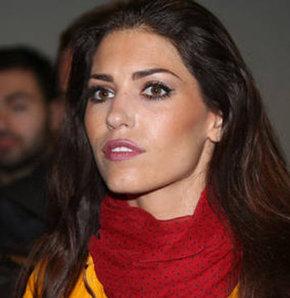 Yolanthe Cabau, Wesley Sneijder, soma maden faciası