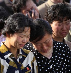 Yaklaşık 92 ailenin barındığı sanılan binada 100'ü aşkın kişinin öldüğü tahmin ediliyor