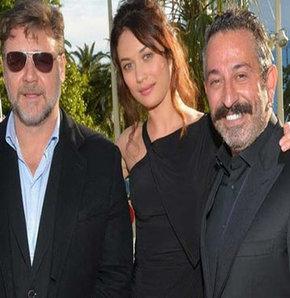 Russell Crowe cem yılmaz, The Water Dviner, Cannes, Cannes 2014, cem yılmaz tiwitter