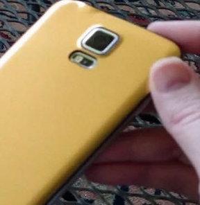 Galaxy S5 Prime'a ait olduğu iddia edilen görüntüler yayınlandı.