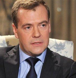 Soğuk savaş, ABD Rusya, Medvedev soğuk savaş, Ukrayna krizi, Rusya ve ABD soğuk savaş, Rusya ve ABD.