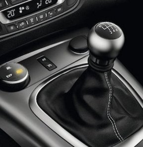Otomobil devinden önemli duyuru!,GM 2.42 milyon aracını geri çağırdı,Amerikan otomotiv devi 2.42 milyon aracını geri çağırdı,GM 2.42 milyon aracını geri çağırdı