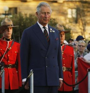 İngiltere Veliaht Prensi Charles, Prens Charles, Putin Hitler, Putin'i Hitler'e benzetti, Putin Hitler'e benziyor.