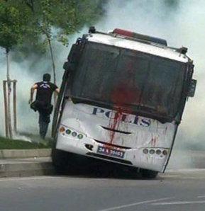 Okmeydanı'nda bir grup eylemci yoldan geçen polis araçlarını taşladı, Okmeydanı'nda gergin anlar, Okmeydanı yine karıştı