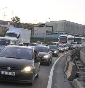 İstanbul'da yarın trafiğe kapatılacak yollar, Dikkat! İstanbul'da yarın bu yollar kapalı,Pazar günü bu yollar kapatılacak
