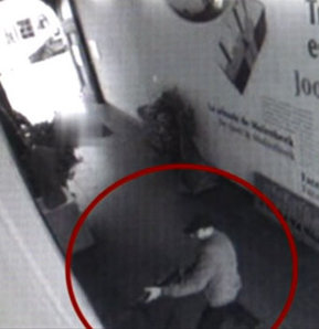 Yahudi müzesinde dört kişiyi öldüren saldırganın görüntüleri ortaya çıktı, Belçika Yahudi Müzesi, Brüksel.