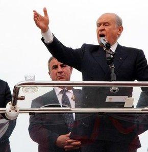 Devlet Bahçeli'den Başbakan Erdoğan'a eleştiri, Bahçeli'den Yalova eleştirisi, Bahçeli: Türkiye'nin zehrini Almanya'da akıttı