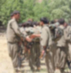 Şırnak'ta görevli bir korucu 16 yaşında olduğu öğrenilen bir PKK'lıyı bularak jandarmaya teslim etti 16 yaşındaki çocuk PKK'dan kaçtı PKK'dan kaçan çocuk serbest bırakıldı