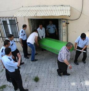 Babasını kafasını duvara vurarak öldürdü, Denizli'de cinayet, babasını feci şekilde öldürdü, denizli'de feci olay