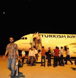 IŞİD'in rehin aldığı Türk şoförler Türkiye'ye döndü, IŞİD, rehin alınan tır şoförleri, Musul, musulda rehin alınan tır şoförleri, serdar bayrak, rehin alınan şoförler serbest bırakıldı, rehin şoförler, ışid
