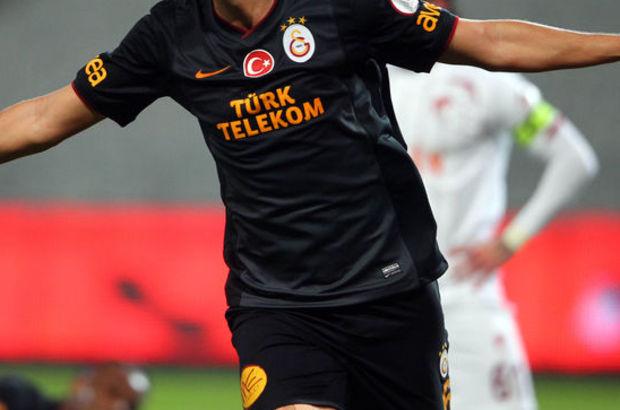 Galatasaray'da Ceyhun Gülselam ile yollar ayrıldı