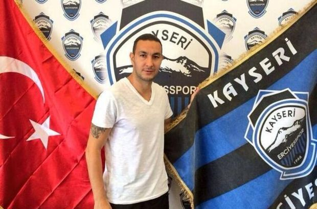 Geride kalan sezonu Eskişehirspor'da tamamlayan Ateş, 43 lig ve kupa maçında 7 gol kaydetmişti