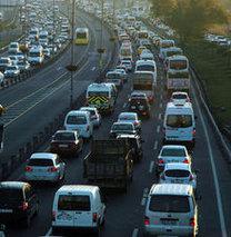 Trafiğe çıkan araç sayısında büyük düşüş!