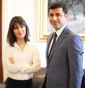 HDP'nin cumhurbaşkanı adayı Selahattin Demirtaş, evinin kapılarını ilk kez ve sadece HT Pazar'a açtı