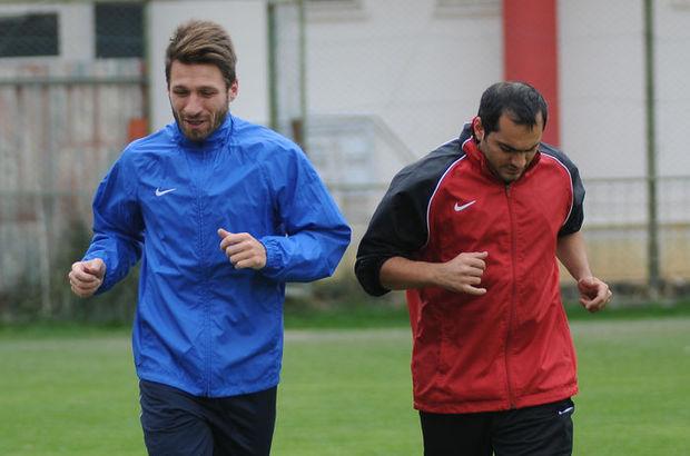 Serdar daha önce Rizespor ve Eskişehirspor'da forma giydi