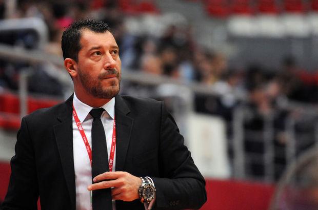 Sarıca, A Milli Takım'ın evinde oynadığı turnuvalar ile dışarıda katıldığı turnuvalarda farklı görüntü ortaya koyduğunu belirtti.