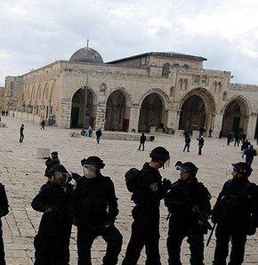 Mescid-i Aksa'ya girişe İsrail engeli