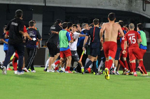 Saldırı sırasında UEFA'dan hiçbir gözlemcinin bulunmaması da ayrı bir skandaldı