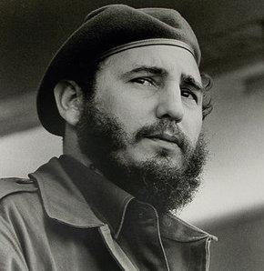 Fidel Castro 1926 yılında doğdu. Fidel Castro, Küba Devrimi'nin önderlerinden marksist devrimci. Fidel Castro doğumu, Fidel Castro ölümü, Fidel Castro hakkında her şey haberturk.com'da