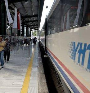 Hızlı tren ikinci kez yolda kaldı