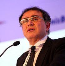 Roubini: Rusya Avrasya Birliği kurabilir