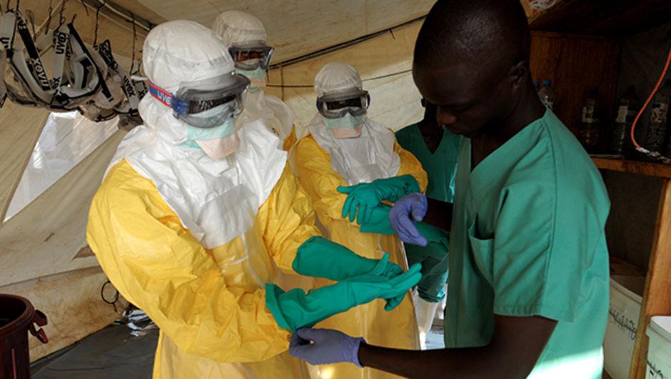 Ebola aşısı 2015'e hazır