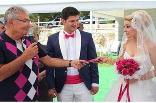Baykal nikah şahidi oldu