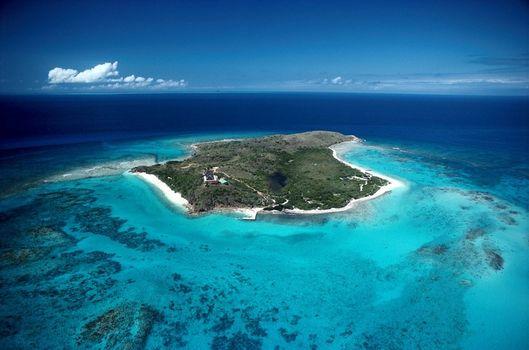 Dünyanın en seçkin özel adaları!