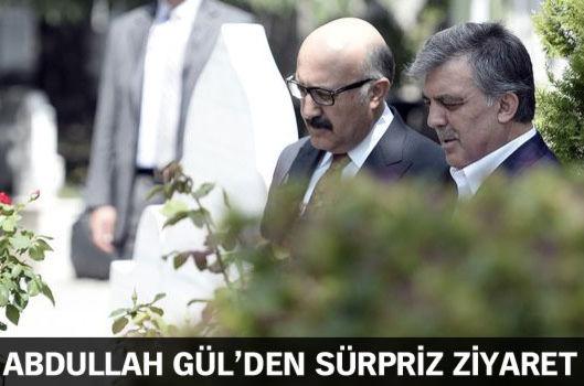 Gül'den Erbakan'ın mezarı