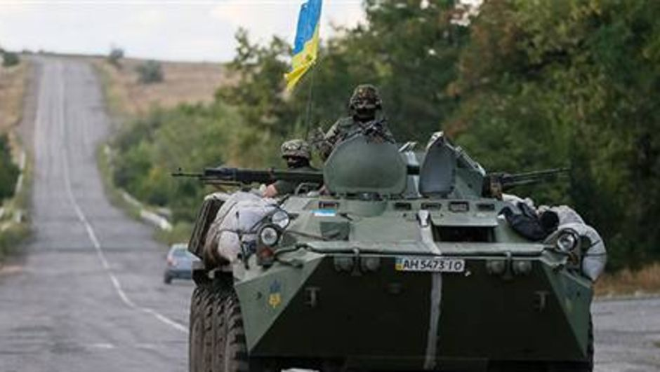 Ukrayna Savunma Bakanı, Rusya'nın büyük bir savaş başlattığını ve bunun on binlerce insanın ölümüne neden olabileceğini söyledi.