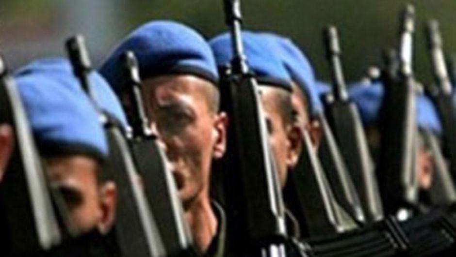 Bedelli askerlik derneği kuruldu: Bedel 15, yaş 25