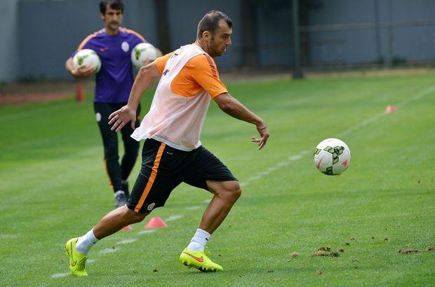 Pandev, Fenerbahçe derbisini iple çektiğini söyledi