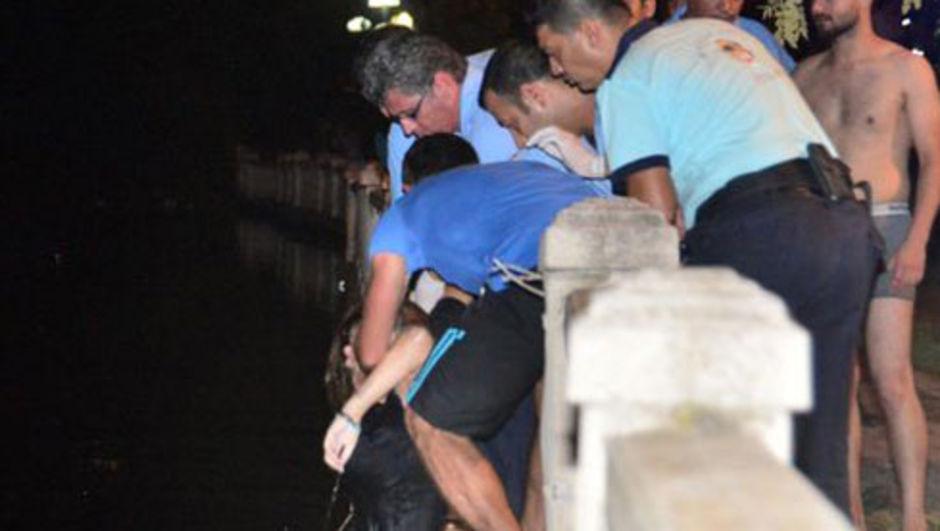 Adana'da otomobil Seyhan Nehri'ne uçtu: 2 genç kız öldü 3 kişi yaralandı,Berfin Alçiçek, Ceren Kuruluk
