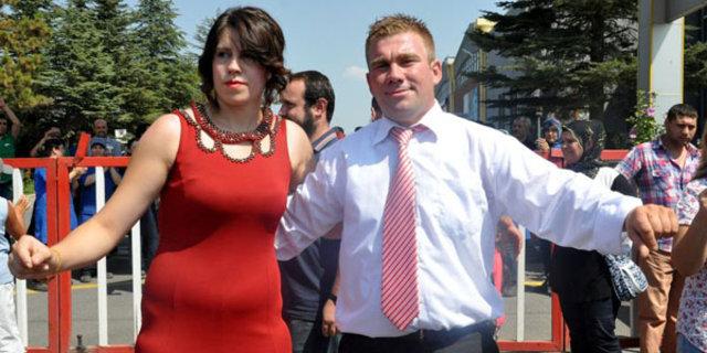 Eskişehir'de fabrika önünde eylem yaparken nişanlandılar