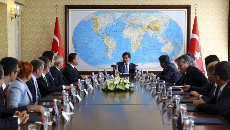Başbakan Ahmet Davutoğlu Yargıda Birlik Platformu üyeleri