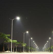 Sokaklar 650 milyon liraya aydınlandı