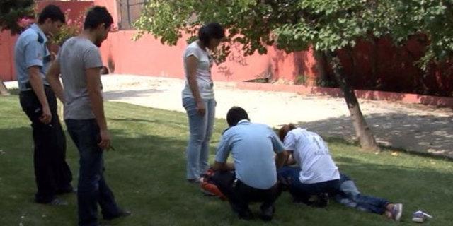 istanbulda şok görüntü, uyuşturucu kullanan kız böyle bulundu