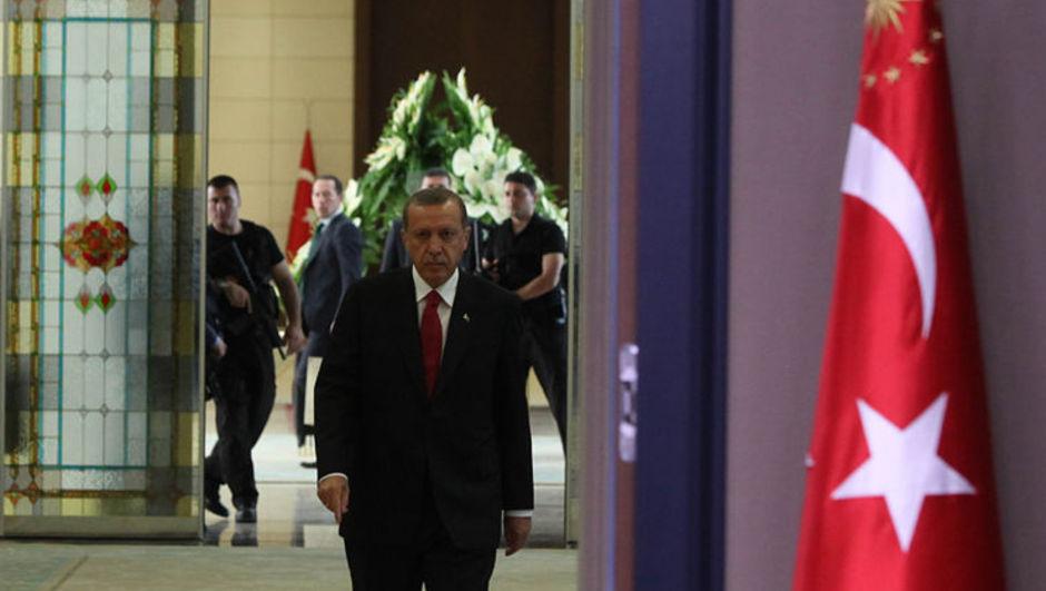 Kuran-ı Kerin Cumhurbaşkanı Erdoğan hediye