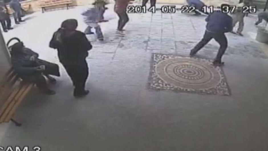 Cumhuriyet Savcısı Hasan Yılmaz Uğur Kurt'un vurulduğu yerde incelemelerde bulundu