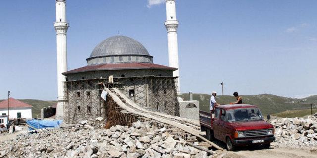 Trabzon'da karadeniz usulü köprü cami inşaatını kolaylaştırdı