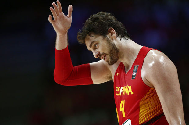 2014 FIBA Dünya Kupası'nda ev sahibi İspanya'yı 65-52 yenen Fransa, yarı finalde Sırbistan'ın rakibi oldu