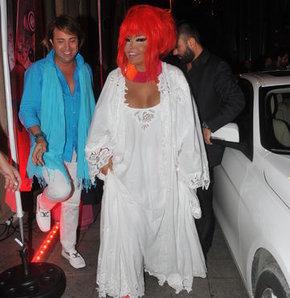 """""""Gaga Hanım evcilik oynuyordu"""""""