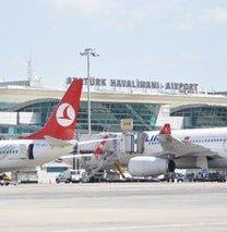 Atatürk Havalimanı'ndan 2 rekor birden!