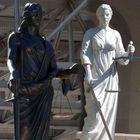Hangisi doğru heykel?