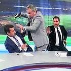 Adnan Aybaba canlı yayında silah çekti!