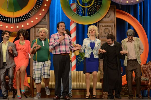 İzzet Altınmeşe Güldür Güldür Show'da!