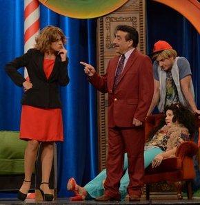 Hakkı Bulut Güldür Güldür Show sahnesinde!