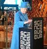 Kraliçe Twitter'da!